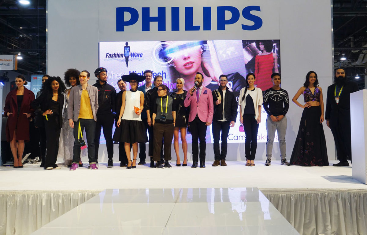 ces-2017-fashionware-fashion-show2