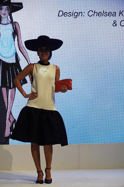CES 2017 Lumen Couture | Zyris